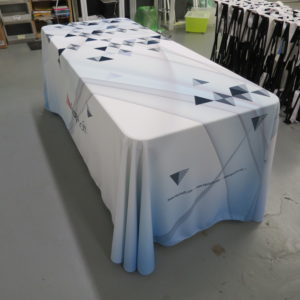branded-table-covers