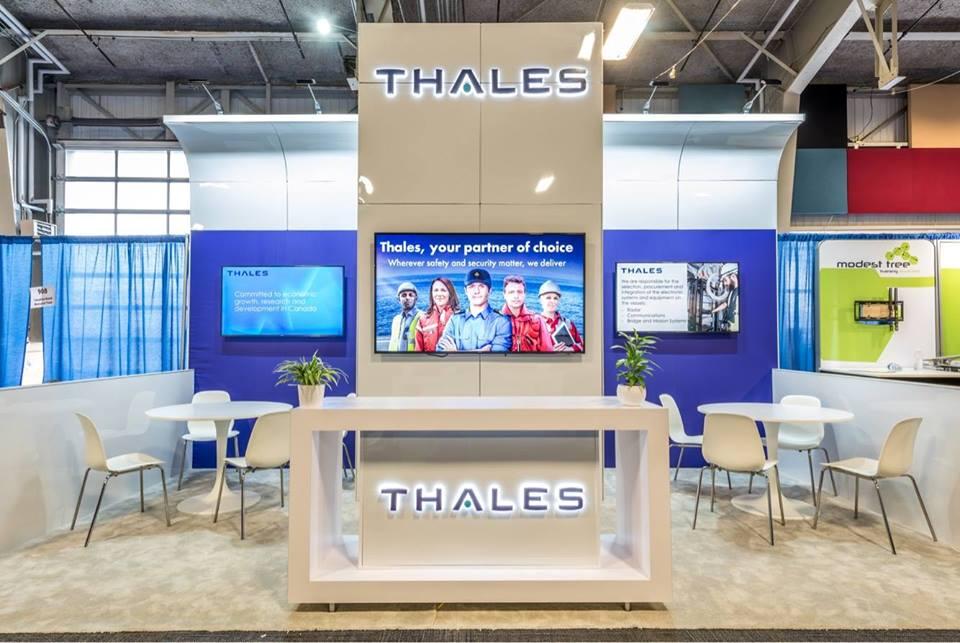 custom modular trade show display