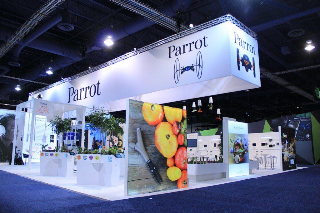 large-custom-trade-show-island-exhibit
