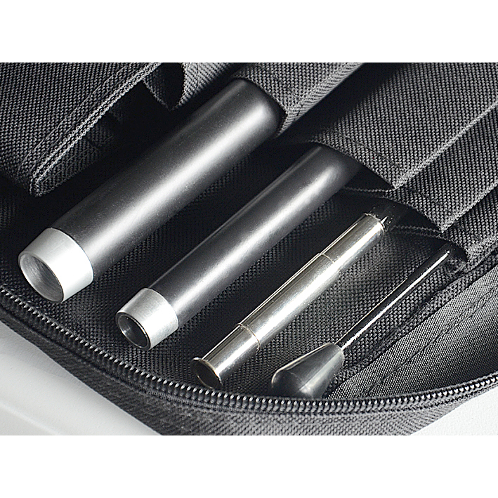 Beaumont & Co.-teardrop-flying-banner-inside-carry-bag1